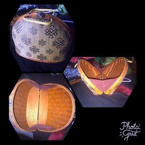 Handbags - Unique handbag